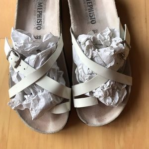 Women's Mephisto White Patent Leather Hera Sandals